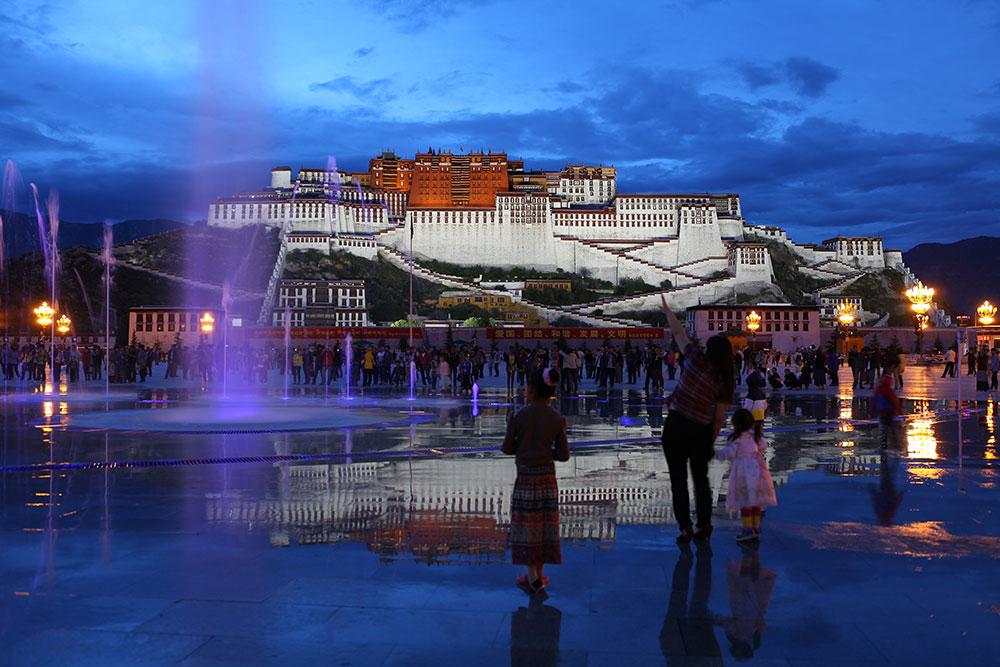 140天空之城(西藏拉萨)刘亦萍-(2).jpg